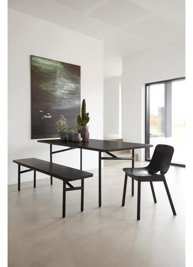 Diagonal dining table Black WOUD