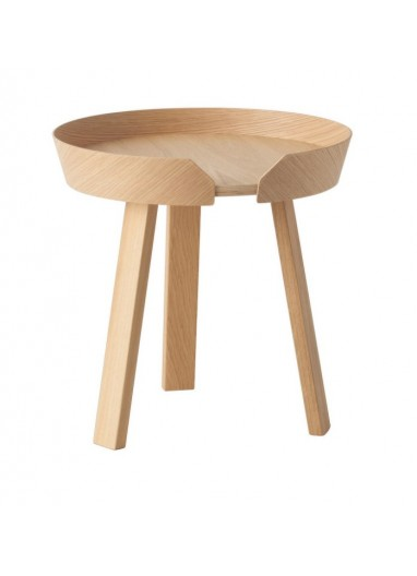 Mesa auxiliar Around roble small Muuto