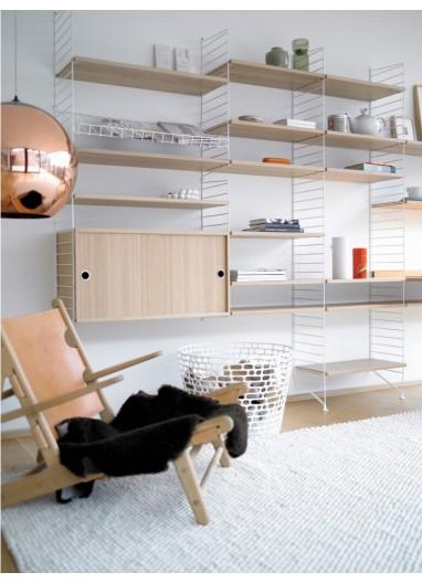 Estantería String de 300x200 cm para una sala de estar inigualable.