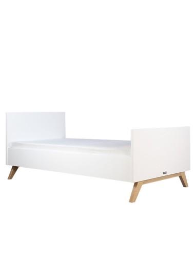 Cama blanca de madera Lynn de Bopita